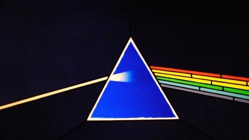 Jejak Komunis Pada Band Pink Floyd