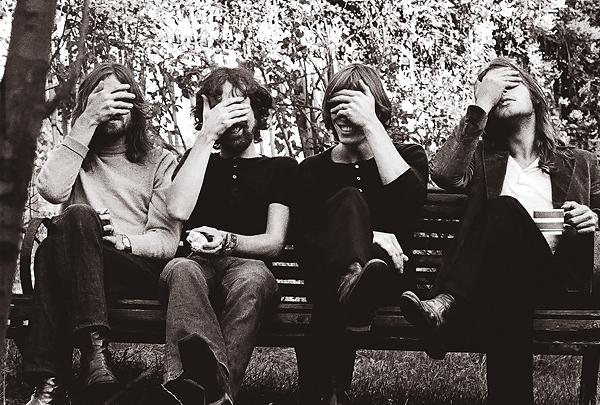 Perilisan Remix Stripped-Back Pink Floyd Yaitu 'Learning to Fly'