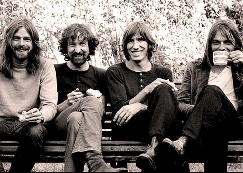 Pink Floyd Bank Rock Paling Sukses